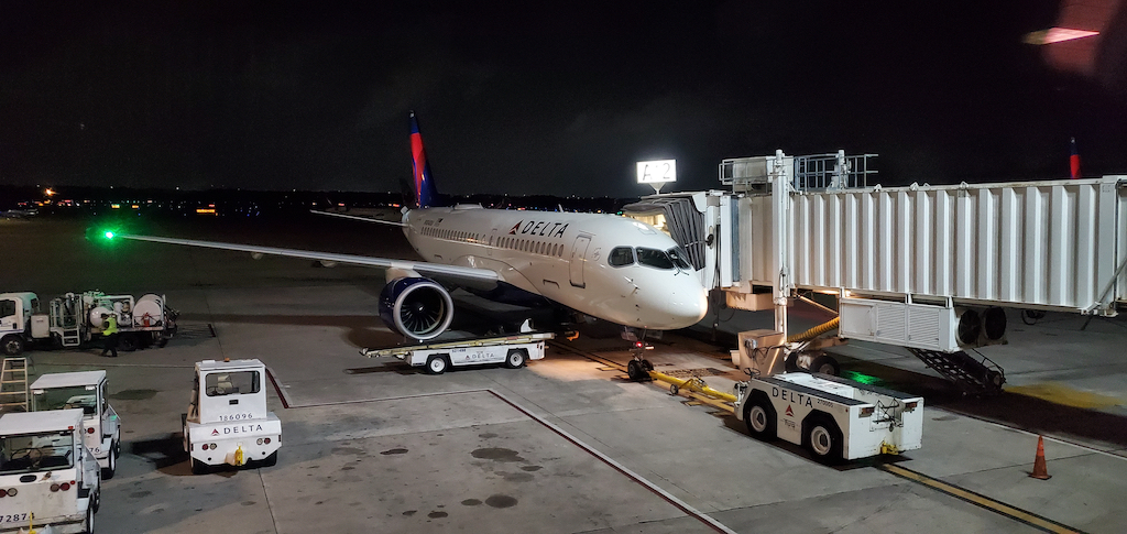 Delta Air Lines Airbus A220 in IAH
