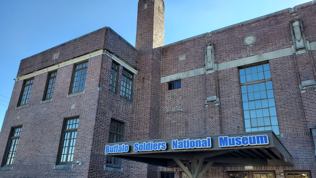 Discovering Houston - BuffaloSoldiers National Museum