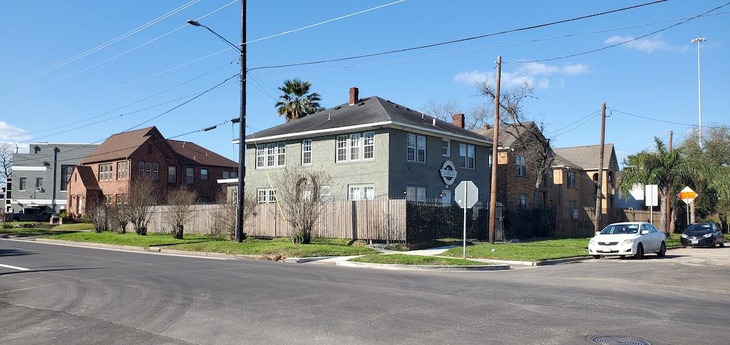 Discovering Houston, Texas USA - Wanderstay Hostel